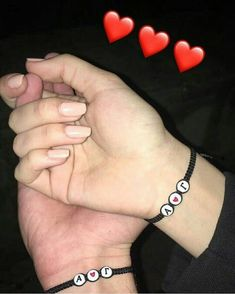 """""""No soy la mejor novia, me molesto, cometo errores, pero creeme qYou can find Frases de amor and more on our we. Profile Pictures Instagram, Instagram Story Ideas, Photo Instagram, Couple Goals Relationships, Relationship Goals Pictures, Photo Couple, Love Couple, Foto Snap, Mode Poster"""
