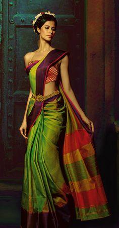 Beautiful parrot green sari shot with yellow. Indian Attire, Indian Ethnic Wear, Indian Style, India Fashion, Asian Fashion, Indian Dresses, Indian Outfits, Tela Hindu, Estilo India