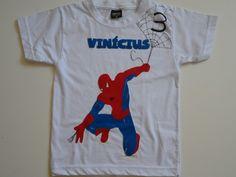 Camiseta Homem Aranha.