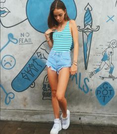 Image result for inka williams hair Inka Williams, Beach Mat, Outdoor Blanket, Outfits, Image, Hair, Fashion, Moda, Suits