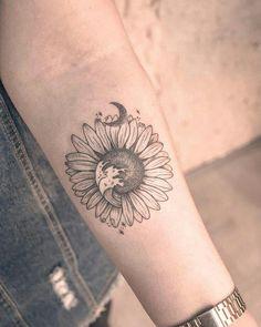 Tattoos for women arms design sunflower tattoo small Small Symbol Tattoos, Small Tattoos With Meaning, Small Tattoos For Guys, Small Wrist Tattoos, Cute Small Tattoos, Unique Tattoos, Tattoo Small, Hand Tattoos, Flower Thigh Tattoos
