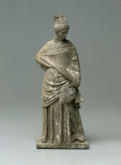 Figurine of a Lady, 200s BC Greece, Tanagra, 3rd Century BC