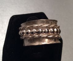 Sterling silver spinner ring by Caribbeanmemories on Etsy https://www.etsy.com/listing/257804322/sterling-silver-spinner-ring