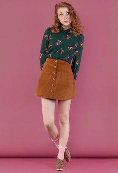 Really want a front button skirt like this. Especially corduroy. Also I love the patterned button up!