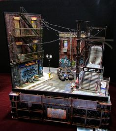 Crazy detailed diorama of the dark and grimy Gotham.
