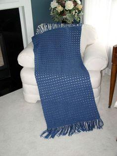 Anniversary Shawl Free Pattern http://www.shawlministry.com/Crochet%20Patterns/anniversary_shawl.htm