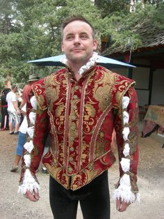 Wow!! Someone who loves me, pleasse get me this? Sixe 44 Men's Elizabethan Doublet by NoblesseCostumes on Etsy, $750.00