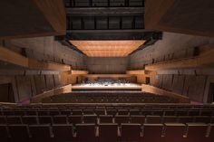 Rojkind Arquitectos has completed a seaside concrete concert hall in Mexican City called Foro Boca. This awesome concert hall is built for Philharmonic Orchestra. The orchestra is formed in 2014 and i Architecture Today, Contemporary Architecture, Landscape Architecture, Modern Buildings, Beautiful Buildings, House Inside, Gulf Of Mexico, Built Environment, Concert Hall