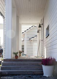 House Front, Front Porch, Parks, Privacy Fences, Front Door Colors, Exterior, Modernism, Small Spaces, Building A House
