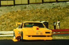Roy Woods, Banks turbocharged DeKon Monza circa 1977/1978. We went from a Webber'ed 358 incher at 580hp to a 302 incher rocking a Banks Twin Turbo system with one of our liquid coupled, Technicooler, charge air coolers. At 920hp the turbo motor overwhelmed the Monza like an elephant on a mouse! www.bankspower.com Gale Banks Turbo Motor, Roy Wood, Turbo System, Race Engines, Twin Turbo, Road Racing, Coolers, Banks, Woods
