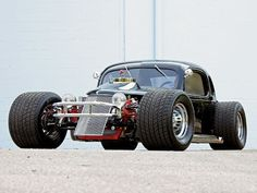 1935 Chevy Master rod based on a circle-track dirt racer. Very different and very cool.