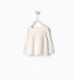 ZARA - KIDS - Large embroidered blouse