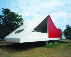 2003 Serpentine Gallery Pavilion designed by Oscar Niemeyer. Photograph by Sylvain Deleu saved from Dezeen.