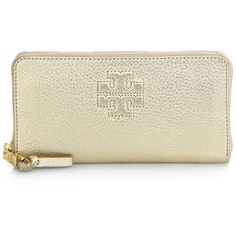 Tory Burch Thea Metallic Leather Zip Continetal Wallet (2.943.000 IDR) ❤ liked on Polyvore featuring bags, wallets, light gold, zip around continental wallet, tory burch bags, zip wallet, leather continental wallet and zip bag