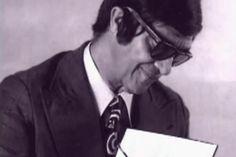 Chico Xavier, eleito o maior brasileiro de todos os tempos. Um exemplo de amor =)