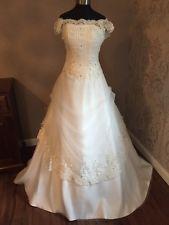 Victorien style vintage dentelle & tulle ivoire taille 4/6/8 robe de mariée