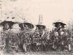 """Una revisión a los portentosos dones de los """"hombres y mujeres de conocimiento"""" en México, cortesía del gran Jacobo Grinberg Zylberbaum (psicólogo)."""