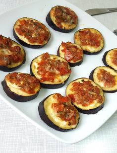 eggplants pizza to replace starchy dough.
