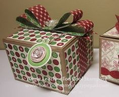 Gift boxes -and instructions for making bow!