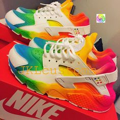 His and hers summer Huarache! Haraches Shoes, Hype Shoes, Shoe Boots, Shoes Sneakers, Jordan Shoes Girls, Girls Shoes, Unique Shoes, Trendy Shoes, Adidas Originals
