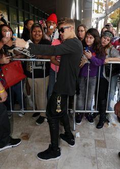 Is Justin Bieber Retiring?! - Likes