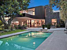 Million-Beverly-Hills-Modern-Masterpiece