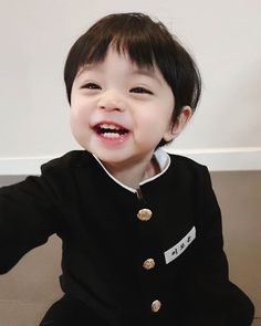 New rowoon baby ulzzang Ideas Cute Baby Boy, Cute Little Baby, Little Babies, Cute Boys, Baby Kids, Baby Baby, Cute Asian Babies, Korean Babies, Asian Kids