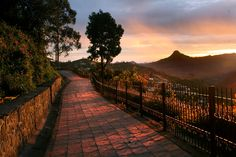Take a walk through paradise. Saunter along slowly on Coaker's Walk, #Kodaikanal. Discover a beautiful pathway running along the edge of steep mountain slopes. On clear days it offers a bird's eye view of Kodaikanal, and stunning views of Dolphin's Nose, and the Pamba River valley.  Photo Courtesy: indiantravels.com