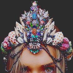 Seashell bridal crown,