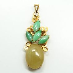 Vintage-Ornate-Jadeite-Green-Yellow-Jade-14k-Gold-Necklace-Pendant