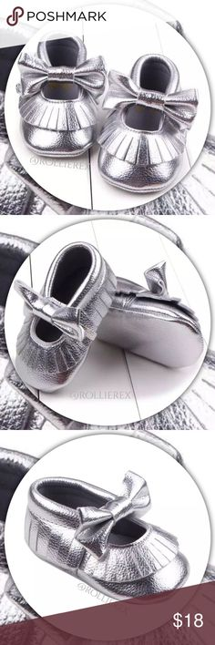 Silver Bow Moccasins 🔘 New, never worn  🔘 Material: PU Leather  🔘 Classy & chic design  🔘 Easy to slip on & off   🔘 These would also make a Great gift  🔴 No Trades Shoes Moccasins
