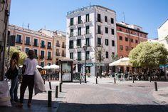Plaza en el barrio de Malasaña. #Madrid. Repined by @TuPlanC.com