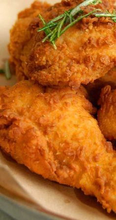 "Recipe for Baked ""Fried"" Chicken - This chicken recipe has no skin. No frying. Just super moist and flavorful. Move over KFC, I think you found your match!"