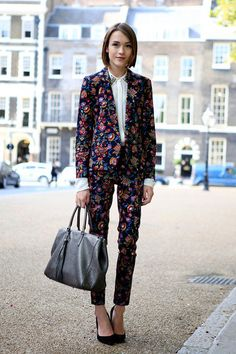 Perfect suit with a floral print