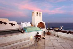 """One of the most romantic and elegant hotels in Los Cabos, Las Ventanas al Paraiso take the concept of """"glamping"""" to a whole new level. Outdoor Beds, Outdoor Bedroom, Outdoor Spaces, Outdoor Living, Outdoor Decor, Outdoor Retreat, Outdoor Fun, San Jose Del Cabo, Romantic Places"""