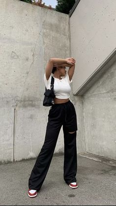 Retro Outfits, Cute Casual Outfits, Summer Outfits, Looks Street Style, Looks Style, Outfit Stile, Look Fashion, Fashion Outfits, Tomboy Fashion
