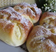 Czech Recipes, My Recipes, Sweet Recipes, Cookie Recipes, Dessert Recipes, Hungarian Desserts, Hungarian Recipes, English Bread, Sweet Buns