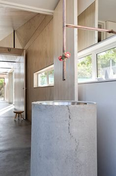 Chic & simple beach cabin on Cape Point Reserve - Bungalows for Rent in Cape Town, Western Cape, South Africa Plywood House, La Croix Valmer, Reclaimed Building Materials, Concrete Bathroom, Timber Cladding, Composting Toilet, Common Area, Home Look, Rental Apartments