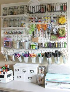 10 ways to organize your art room. Craft Room Storage, Pegboard Storage, Sewing Room Storage, Sewing Room Organization, Small Space Organization, Sewing Rooms, Diy Storage, Organization Hacks, Storage Ideas