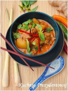 Kuchnia Prezydentowej: Tajskie czerwone curry z kurczakiem i ziemniakami (Geang phed gai)