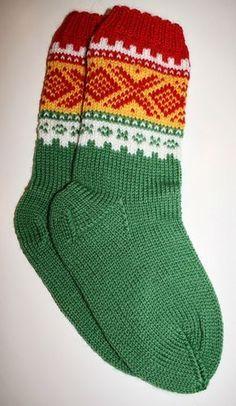 Knitting Charts, Knitting Socks, Baby Knitting, Knitting Patterns, Crochet Patterns, Knit Or Crochet, Crochet Baby, Minion Baby, Diy Clothes And Shoes