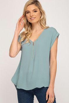 Latest Fashion For Women, Womens Fashion, Style Fashion, Casual Tops For Women, Ladies Tops, Stitch Fix Outfits, Diy Clothing, Wholesale Clothing, Spring Outfits