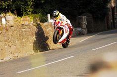 Racing Cafè: Guy Martin