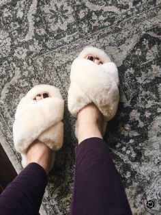 emu Australia slippers, women's slippers, cozy, comfy clothes, cozy clothes, nighttime routine, fuzzy slippers, fur slippers, faux fur, faux fur slippers, uggs, ugg slippers