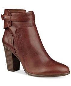 Vince Camuto Faythe