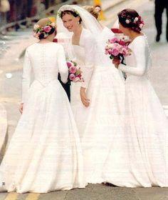 Lady Sarah ~ daughter of Princess Margaret on her wedding day July 1994
