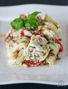 Tortelloni-Salat mit Ricottacreme