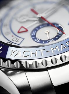 The minutes of the Yacht-Master II's regatta countdown are indicated by a red-triangle-tipped hand.