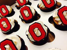 Ohio State cupcakes Buckeye Dessert, Buckeye Cupcakes, Buckeye Cake, Grad Parties, Boy Birthday Parties, Birthday Ideas, Birthday Cupcakes, Mini Cupcakes, Ohio State Cake