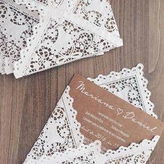 convite de casamento; envelope rendado; convite kraft; convite casamento rústico